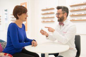 Enseñar a utilizar las lentes esclerales-Alhama de Murcia